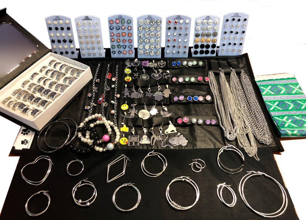 Paños armados de joyas de acero y acero blanco
